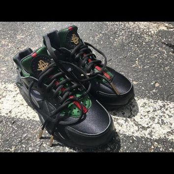 LMFIW1 Nike Gucci Drops the Air Huarache Ultra Sports shoes Black&green