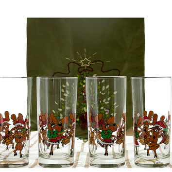 Vintage Holiday Glassware, Set of 8 Tipsy Reindeer, Highball Glasses, Cocktail Tumblers, Humorous Glasses, Vintage Christmas Bar Glasses
