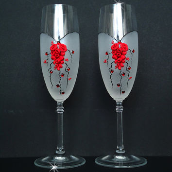 Wedding Champagne Glasses, Toasting Flutes, Crystals and  Roses, favor gift, wedding decoration, red and black