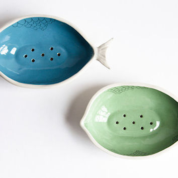 large soap dish. ceramic fish. bathroom decor. blue, green bathroom accessories. soap holder. soap drying rack. karoart