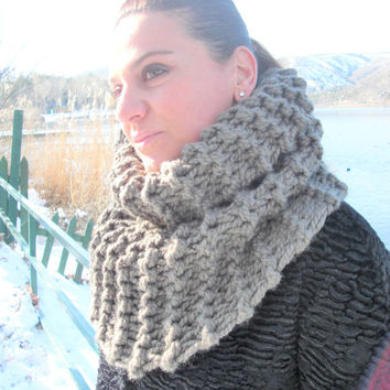 Thick Cowl Scarf  OUTLANDER Claire's  Knit Scarf  Chunky Cowl  Scarf  Womens Circle Scarf  Handmade   Barley Brown  winter Knit  Accessories