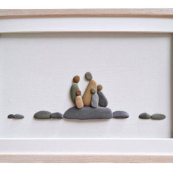 Family of five pebble art, Fathers Day gift, Family portrait, Gift for family, Family new home housewarming gift, Beach house home décor
