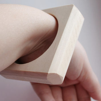 25 mm Wooden square bangle unfinished with cut corners  - natural eco friendly - Linden tree - 25 mm