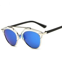 GAMT New Fashion Cateye Polarized Sunglasses For Women Classic Style (Lucency Frame Blue lens)