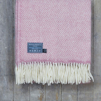 Lifestyle New Wool Blanket in Pink Blossom Beehive