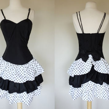 1980s polka dot dress, black and white color block dress, fit and flare prom formal mini dress, heart shaped bust spaghetti strap Small