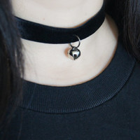 Black Velvet Jingle Bell Choker