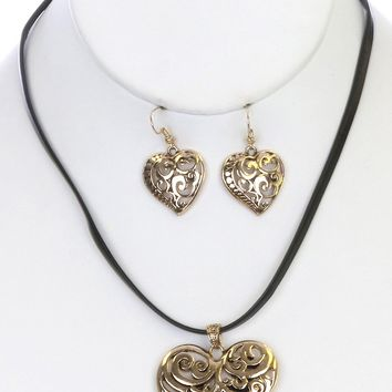 Charm Heart Filigree  Leather B Necklace Earring Set