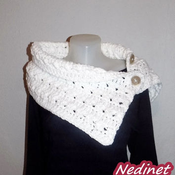 Crochet Scarf, 3 Button scarf, Wrap cowl, Shoulder Warps FREE shipping