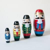Holiday Matryoshka Nutcracker - Default