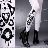 sexy SKULLS and HEARTS TATTOO thighhigh socks white by post