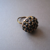 Black and Bronzecoloured Vintage Ring by BijouxEmmElle on Etsy