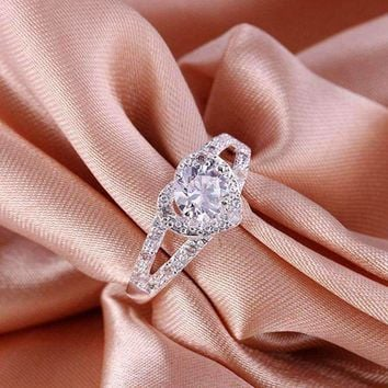 Korean Style Crystal Ring New Silver Ring jewelry exquisite color wedding party CZ stone Women Shiny Crystal Ring R388