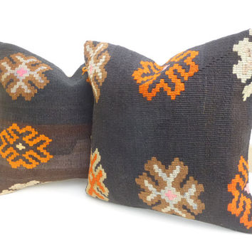 Natural Brown Kilim Pillow set with large Flowers