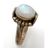 Sterling Silver Moonstone Ring Size 7.5 Vintage