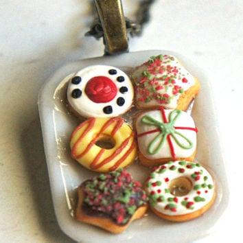 Christmas Donuts Necklace