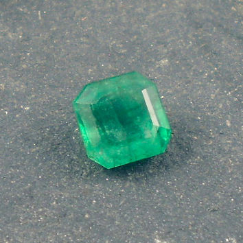 Emerald: 0.86ct Green Emerald Shape Gemstone, Natural Hand Made Faceted Gem, Loose Precious Beryl Mineral, OOAK Crystal Jewelry Supply 20060