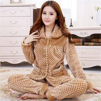 2017 New Winter Women And Men Flannel Pajamas Set Long Sleeve Long Trousers Coral Fleece Warm Pyjamas Couple Home Clothing