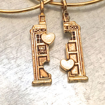 Phone Booth Double Heart Friendship Bracelet, UK Bracelet, Gold Plate, Holiday Gift, Best Friend Gift, Bangle Bracelet