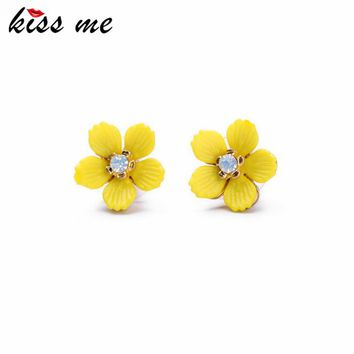 KISS ME 2017 Statement Fashion Women Jewelry Elegant Resin Yellow Flowers Stud Earrings For Girls
