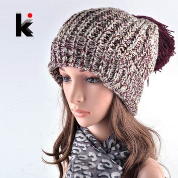VONESC6 2016 Fashion Winter Hats For Women Beanies Harajuku Oversized Pompons Beanie Hat Spell Color Ladies Knit Hats