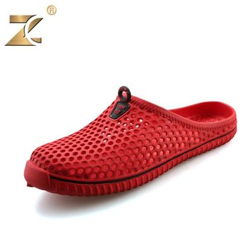 2017 Couple Famous Designer Red Casual Men Sandals Slippers Summer Slip Filp flops New Fashion Outdoor Beach Unisex Shoes