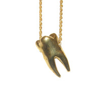 verameat | sweet tooth necklace in brass