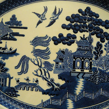 "Johnson Bros England ""Old Crown Mark"" 12' platter Blue Willow pattern **FREE SHIPPING**"