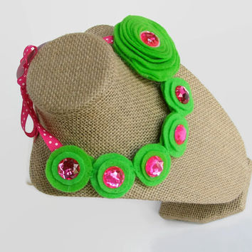 Green Felt Necklace For Girls // Costume Jewelry // Pink Princess Jewels // Fabric Necklace // Felt Jewelry // soft necklace // photo prop