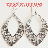 FREE SHIPPING - Sterling Silver Filigree Oval Dangle Drop Earrings,Chandelier Circle Earrings,Womens Silver Earrings,Filigree Jewelry