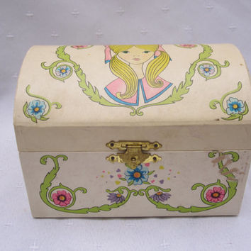 Ballerina Music Box Collectible Camel back Jewelry Box Hedaya and Co, NYC 1967 Holiday Fair LTD