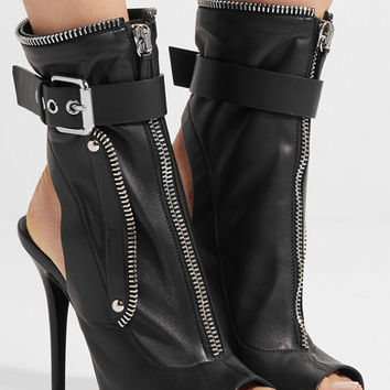 Giuseppe Zanotti - Kendra buckled leather ankle boots