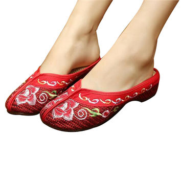 Chinese Mary Jane Shoes in Gorgeous Red Embroidery for Women in Floral Design
