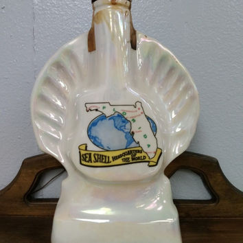 Jim Beam Decanter Bottle 1968 Sea Shell Headquarters of the World Florida