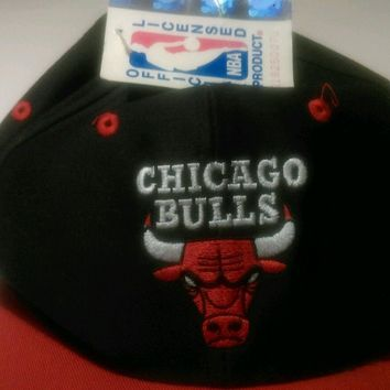 Baseball cap hat one size vintage 90s NBA Chicago Bulls Jordan OG deadstock tag