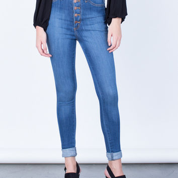 Buttoned High Waisted Jeans