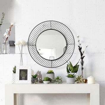 "Modern Round Iron Circle Metal Mirror, Metal Lattice-work Frame Hanging Wall Mirror, Home Decor, 18.90"" Diameter"