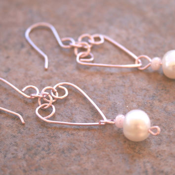 Handmade Pink Heart Pearl Dangle Earrings , Valentine's Day Love Earrings , Wire Wrapped Jewerly , Pink Wire Heart