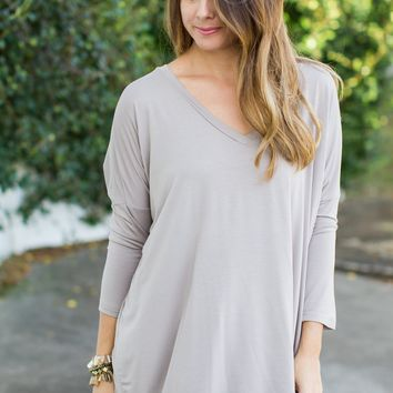 PIKO 3/4 Sleeve V-Neck Top - Taupe