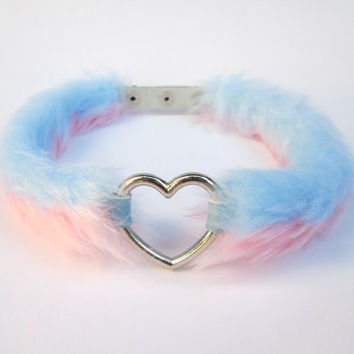 Pastel Goth Heart Choker Kawaii Lolita Day Collar, DDLG Fairy Kei Furry Reversible 3 Styles in 1, Pastel Grunge Pink Blue Choker, Faux Fur