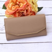 The Audrey Clutch - Taupe
