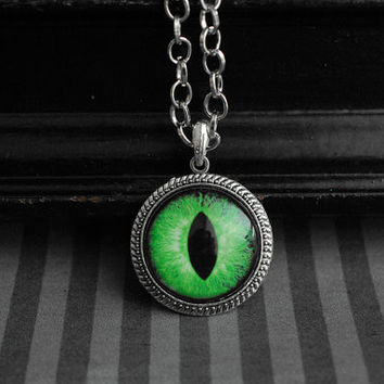 Eye cabochon necklace - eyeball jewelry - green cat or dragon eye