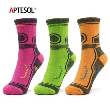 Couples Winter Thickening Cottom Keep Warm Women Men Sport Socks for Hiking Camping Walking Running Cycling Traveling Jogging