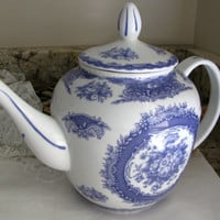 J. Godinger, Antique Reflections Blue And White Transferware Teapot, French Country Roses, Vintage Porcelain