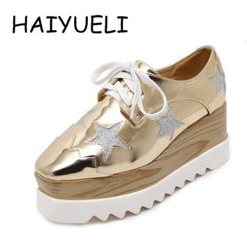 Women Platform Shoes Oxfords Brogue Patent Leather Flats Lace Up Shoes Creepers Vintag