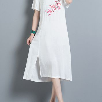Streetstyle  Casual Round Neck Side Slit Embroidery Cotton/Linen Maxi Dress