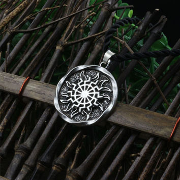 1pcs Sun Wheel Black Sun Kolovrat Slavic Amulet pendant norse Occult Symbol Pendant Germanic men necklace