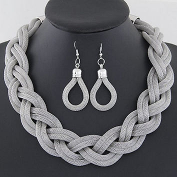 Elegant Set of Alloy Pendant Necklace and Earrings For Women