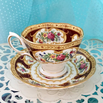 Vintage Royal Albert Tea Cup and Saucer, English Bone China Cups, Tea Cup Set, Vintage Teacups, Lady Hamilton Pattern, Engagement Gift