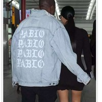 Sponge mice Mens Jeans Jacket Kanye West Pablo Jacket Streetwear Fashion Denim Jacket Hip Hop Coat